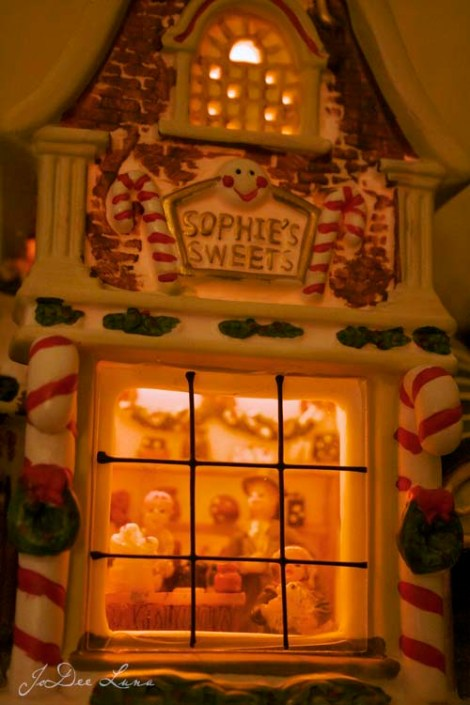 Sophies_Sweets_Minature_House500